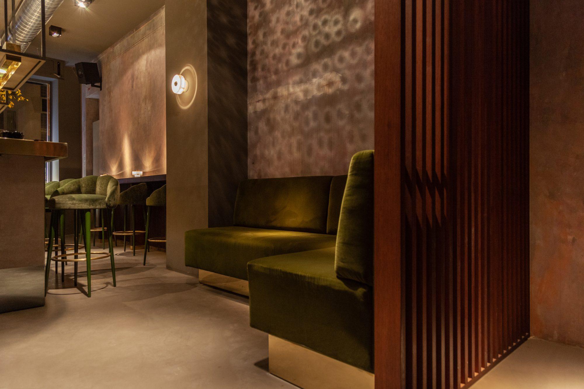 lindholz interior design polsterbank messing samt trennwand