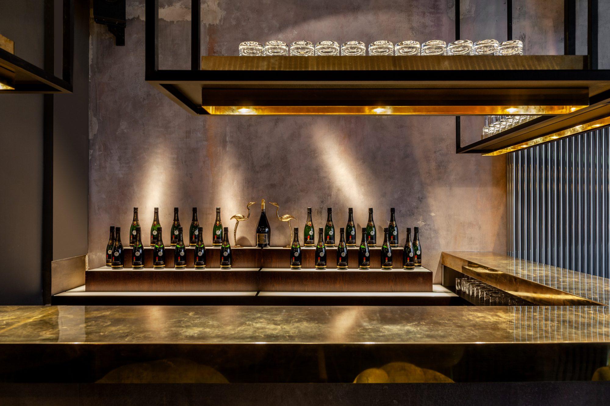 lindholz interior design barry bar mitte