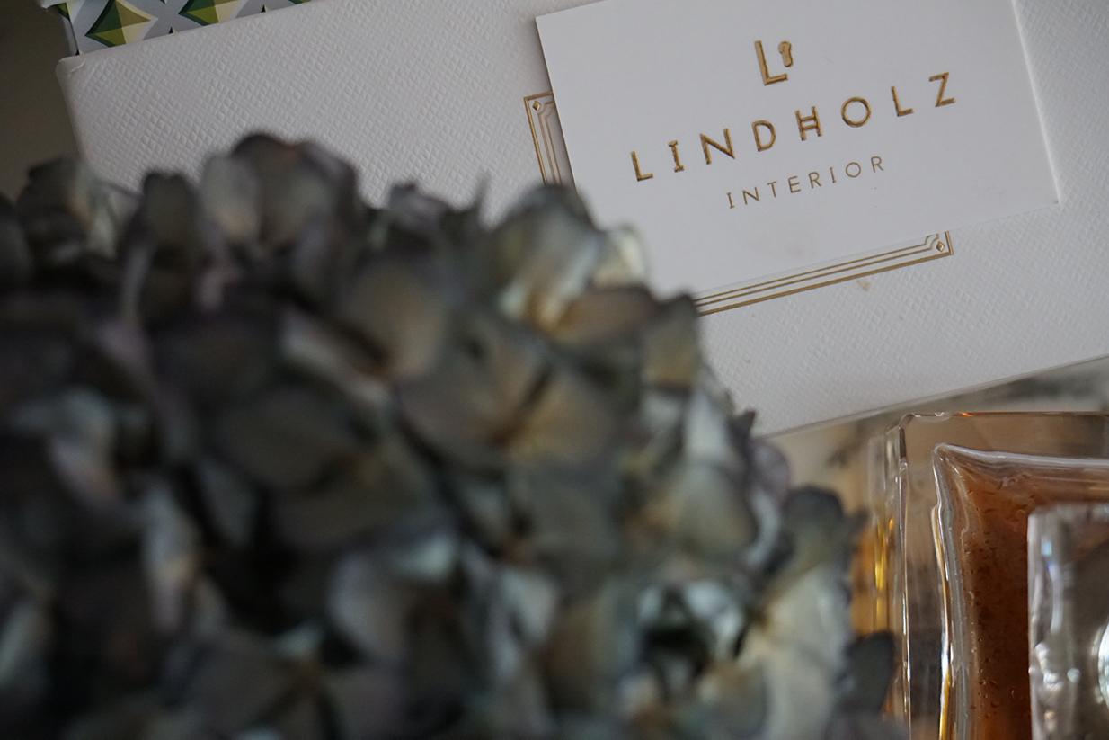 lindholz interior visitenkarte marmortisch tischdeko